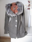 LONG STRICK JACKE MANTEL STRICKJACKE ECHT FELL PELZ BESATZ schlamm L XL 40 42 44