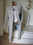 Langer Strickmantel Strick Jacke stylische APPLIKATIONEN...